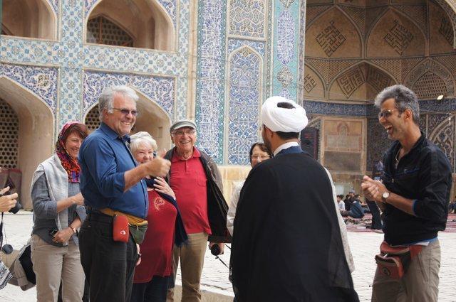 تحریم های آمریکا سفر ایران را ارزان کرد
