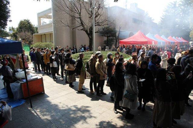 برگزاری بازارچه خیریه توسط سفارت کشورمان در توکیو