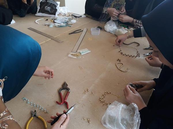 آغاز کلاس های آموزش زیورآلات سنتی در شهرستان خواف
